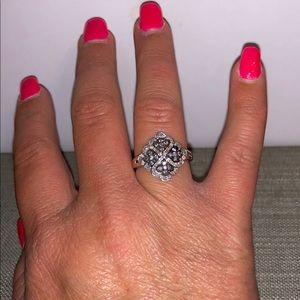 Jewelry - NWOT .26 Natural grey & white diamond Ring